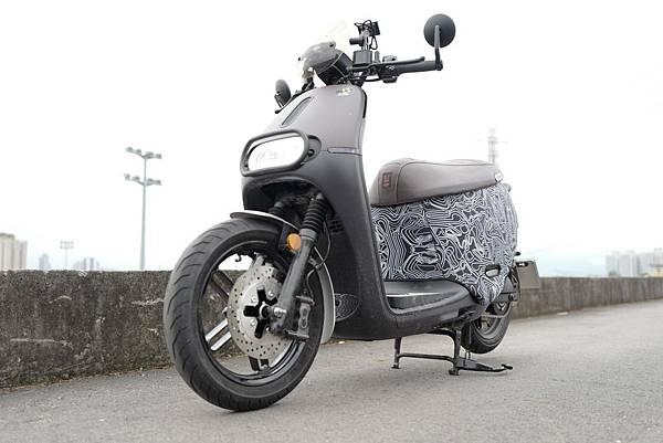 gozilla-狗吉拉-gogoro-s2-cafe-racer-delight-平面鋁合金踏板-車牌框-手機架-補助-價格-70.jpg