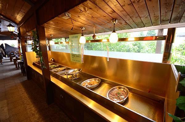 一樓餐廳2