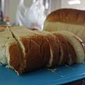 廖同學捐贈麵包2袋