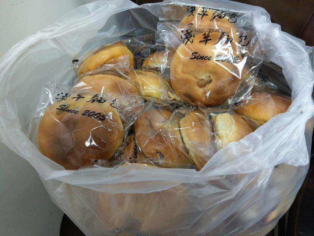 12.23淺草麵包2大袋2.jpg