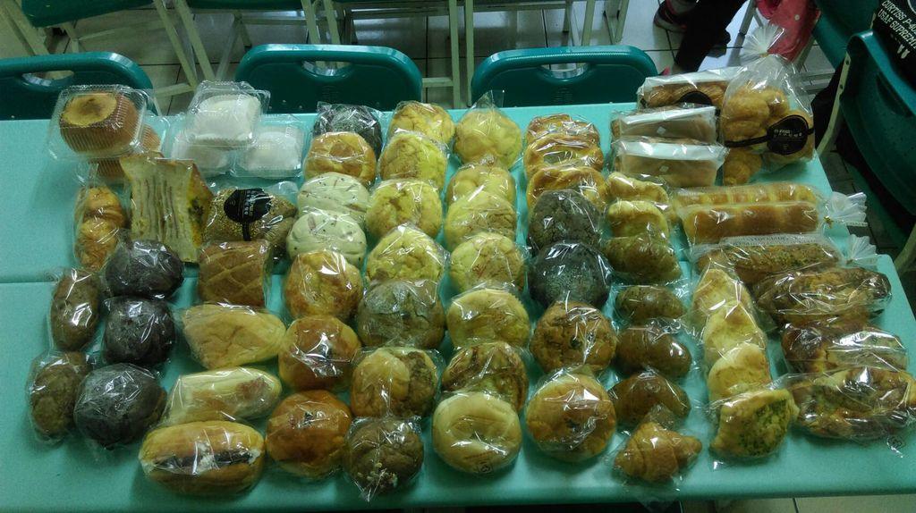 12.27布莉歐精誠店 麵包一批.jpg