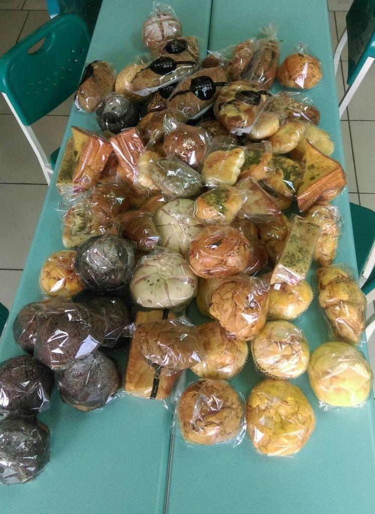 1.17布莉歐捐贈麵包一批.jpg