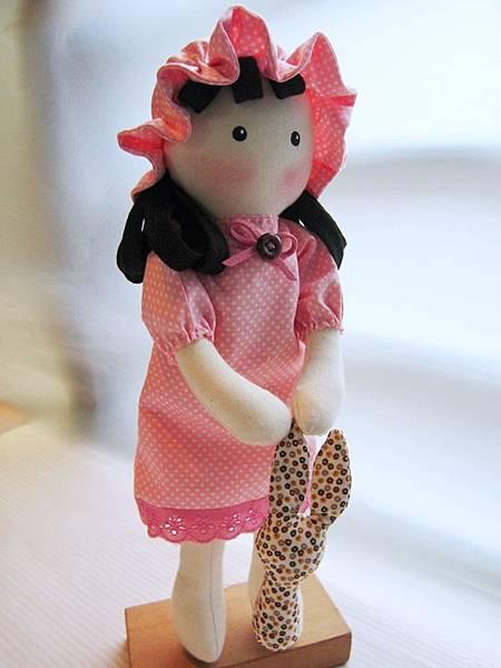 11號客訂粉紅水玉鄉村娃娃 (3)