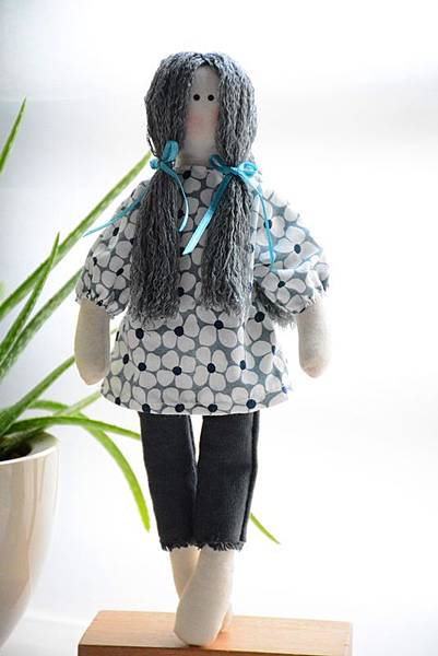 23號鄉村娃娃安娜Anna (1)