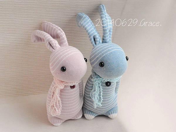 襪子娃娃136+137號之情人兔 (1)