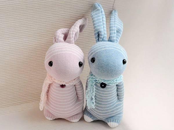 襪子娃娃136+137號之情人兔 (2)