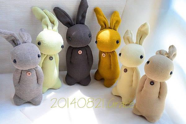 襪子娃娃140~145號大地色系學生兔 (1)