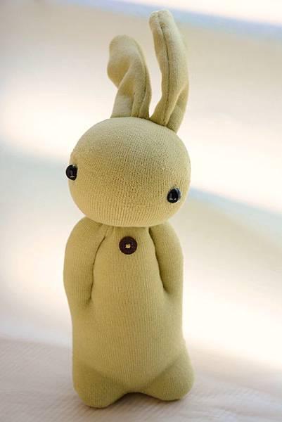 襪子娃娃144號淺黃綠學生兔