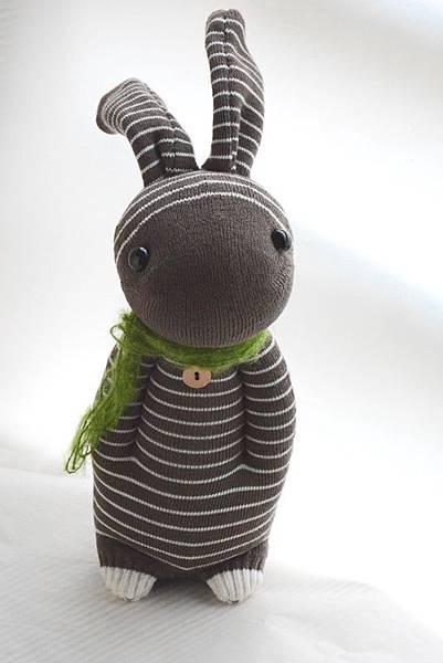 襪子娃娃156號咖啡條紋兔 (5)