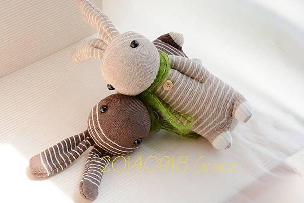 襪子娃娃156號咖啡條紋兔 (7)