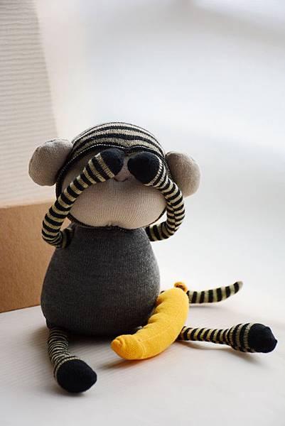 襪子娃娃160號之小灰猴 (1)