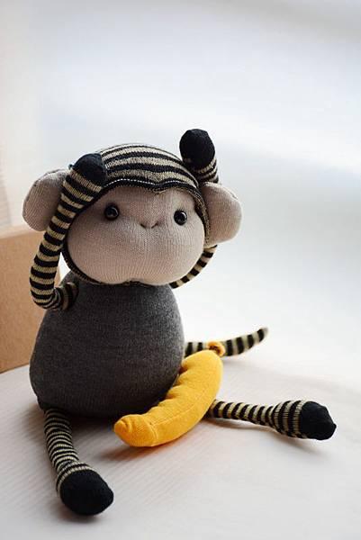 襪子娃娃160號之小灰猴 (2)