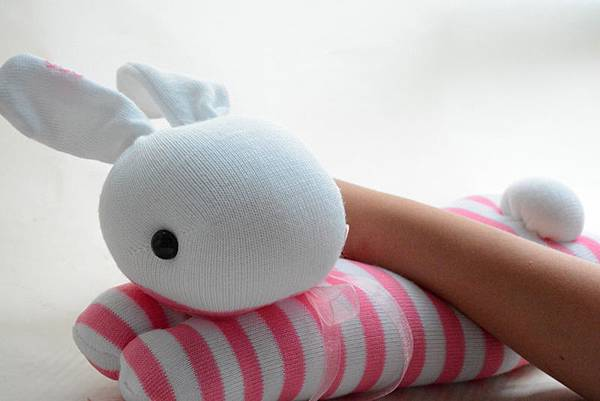 襪子娃娃188號護腕趴兔 (2)