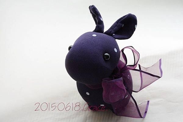 襪子娃娃200號紫糯米兔 (6)