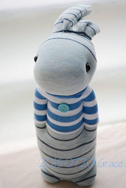 襪子娃娃209號藍白T條紋兔 (1)1