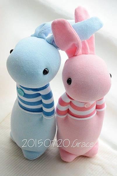 襪子娃娃210+211號條紋T情侶兔 (1)