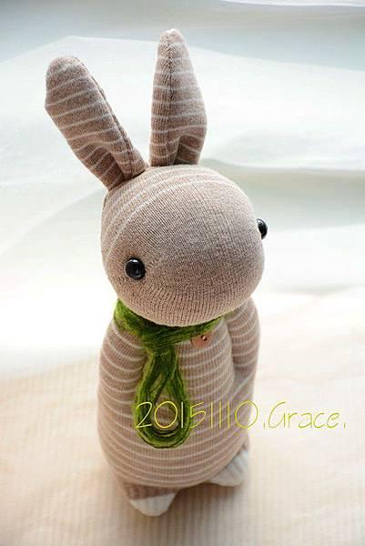 襪子娃娃235號卡其條紋兔 (2)