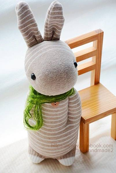 襪子娃娃244號卡其條紋兔 (1)