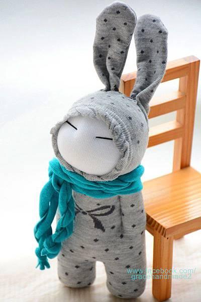 襪子娃娃263號藍灰兔 (2)