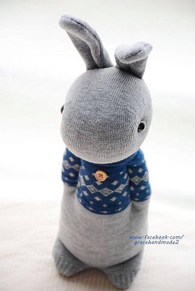 襪子娃娃321號藍T多米灰兔 (1)