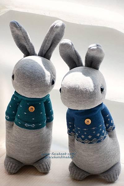 襪子娃娃325號藍T多米灰兔+326號藍綠T多米灰兔