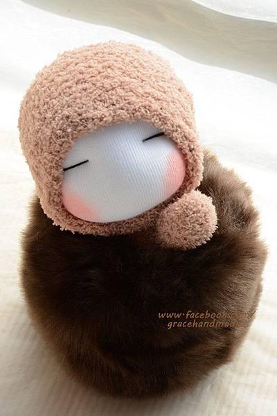 襪子娃娃346號深棕毛球貝比 (2)