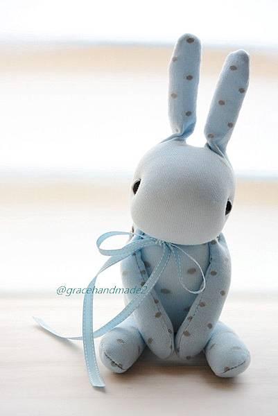 襪子娃娃429號粉藍點點兔 (2)