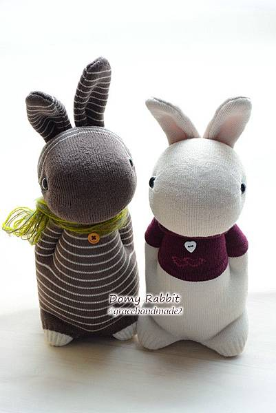 襪子娃娃518號咖啡條紋+519號紅T多米兔