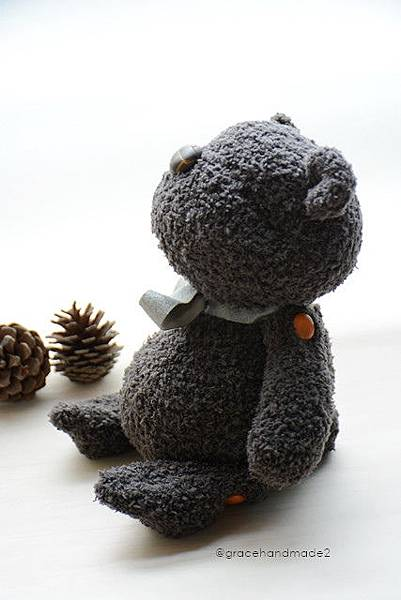 襪子娃娃541號塔比灰熊 (1)