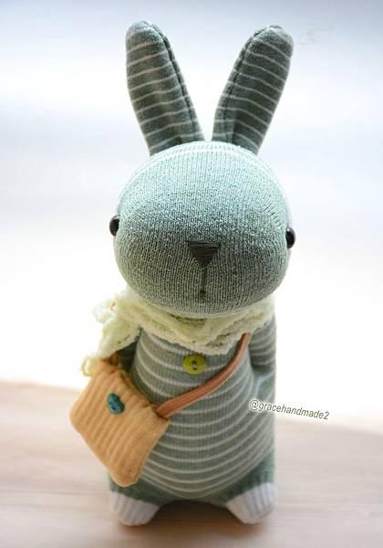 襪子娃娃557號抹茶拿鐵條紋兔