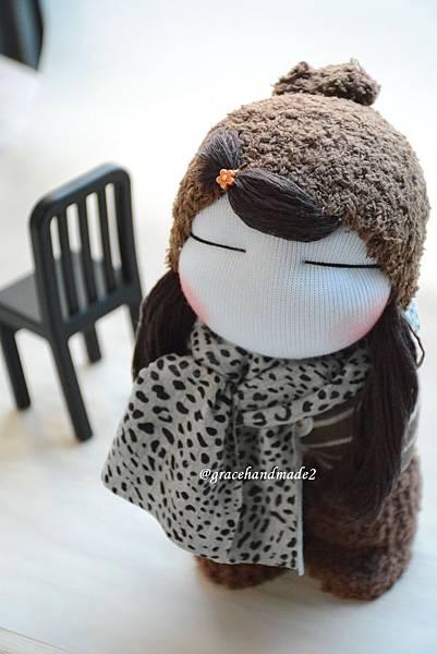 襪子娃娃571號Q版咖啡毛靴女孩 (2).jpg