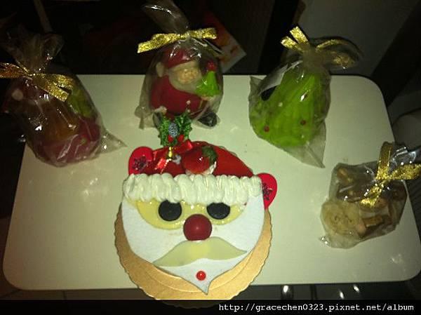 聖誕蛋糕照片.JPG