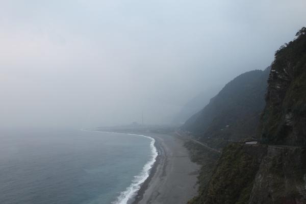 花蓮的山、天空和海洋