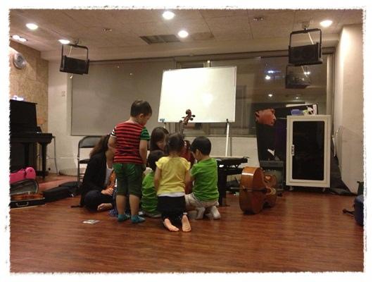 ﹝3Y9M3W3D﹞暢遊音樂王國 第一堂『小提琴與大提琴』@音樂理想國 (34)