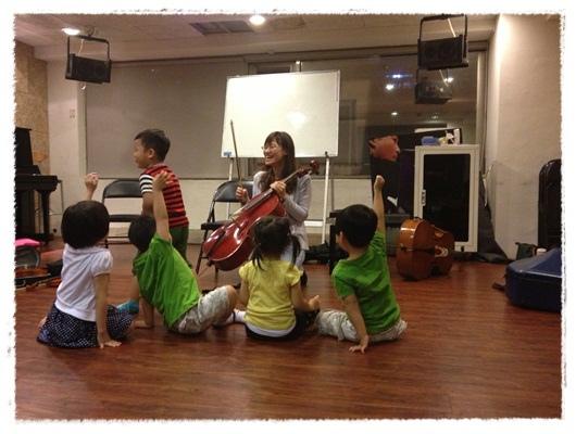 ﹝3Y9M3W3D﹞暢遊音樂王國 第一堂『小提琴與大提琴』@音樂理想國 (38)