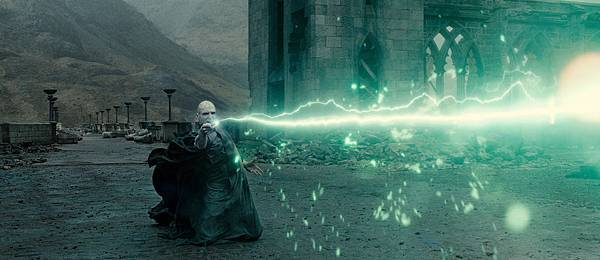 harry-potter-and-the-deathly-hallows-part-2-image-21.jpg