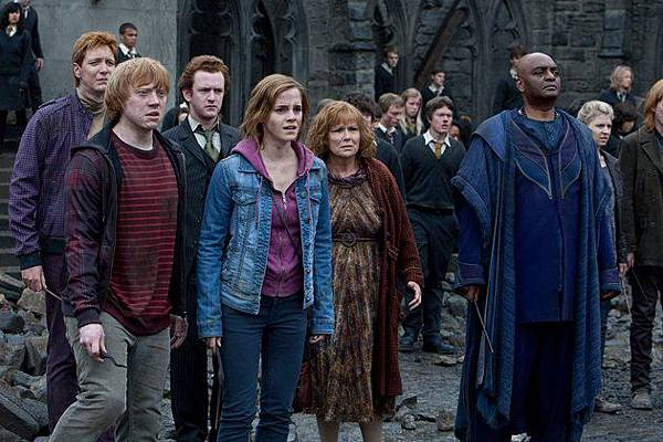 harry-potter-deathly-hallows-part-2-warner-bros-61077.jpg