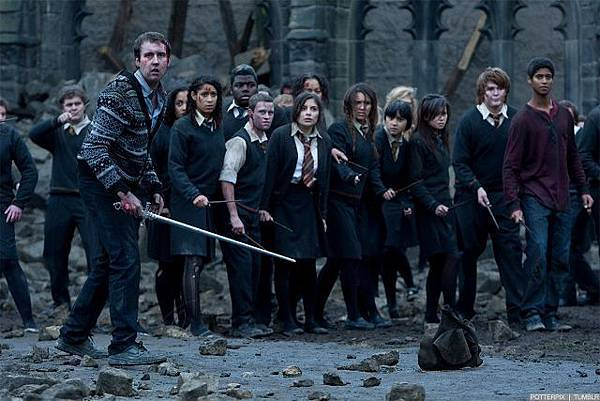 Deathly-Hallows-Part-2-Movie-Stills-harry-potter-26814349-1280-853.jpg