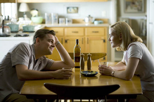 revolutionary_road_kate_winslet_leonardo_dicaprio.jpg
