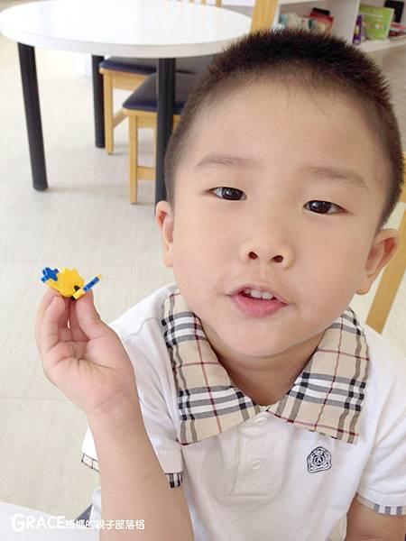 積木推薦分享-日本LAQ創意積木遊戲書1-grace媽媽 (3).jpeg