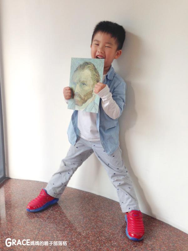 宜蘭新景點-畫框博物館-兒童版藝術史-美育學習-油畫如何辨識-顛倒畫框-IG打卡紀念照地點-雨天怎麼玩-數字油畫-5種DIY-手指動一動-grace媽媽 (30).jpg
