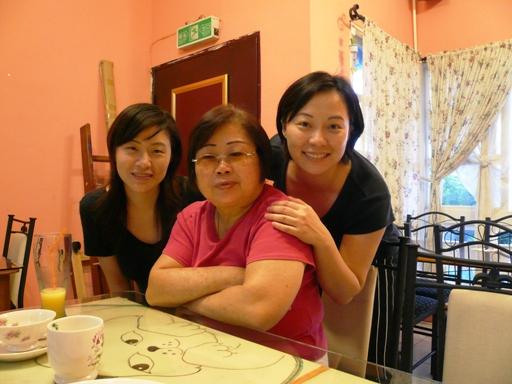 媽媽跟女兒們
