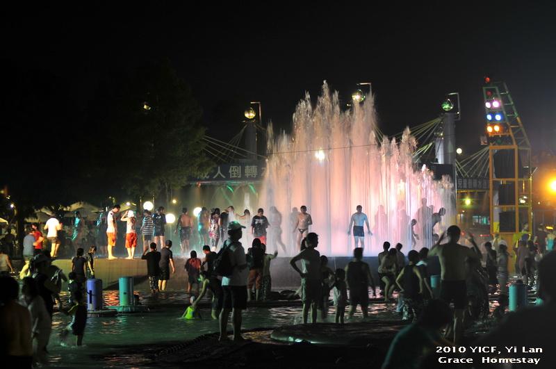2010宜蘭國際童玩節~~宜蘭冬山河親水公園
