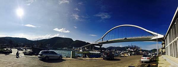 南方澳海灘跨海大橋02.jpg