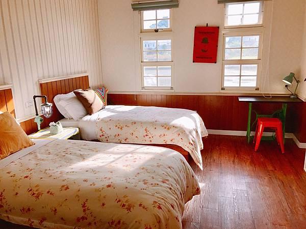 宜蘭民宿米卡洛TWIN雙單人床房004.jpg