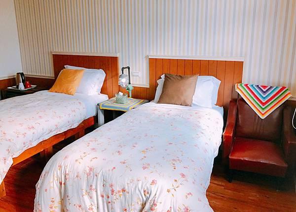 宜蘭民宿米卡洛TWIN雙單人床房005.jpg