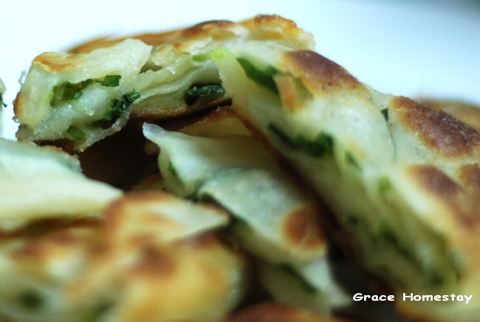 宜蘭美食~慕鈺華三星蔥油餅~餡餅~很好吃ㄟ~我是羅東民宿愛吃小管家葛瑞絲