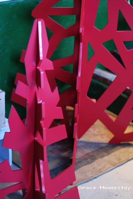 2010羅東民宿葛瑞絲的民宿生活~聖誕節快到囉~~把聖誕樹拿出來吧~