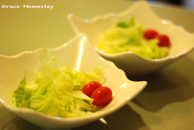 羅東葛瑞絲民宿早餐~生菜沙拉~