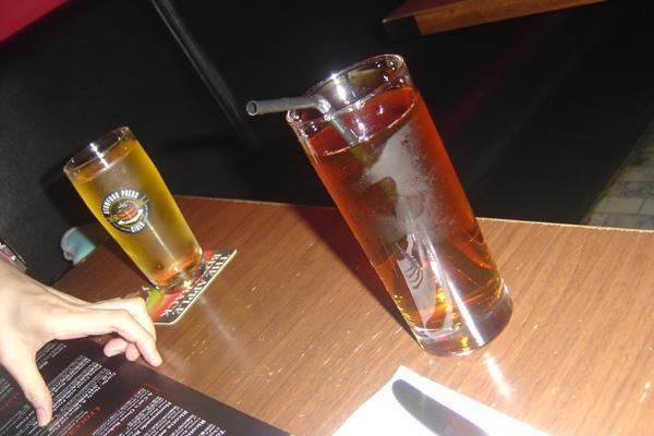 心妍的蘋果啤酒+我的蘋果汁